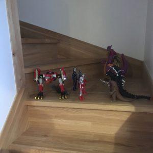 階段にウルトラマン